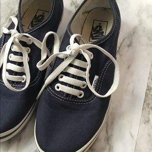 Vans | Lace Up Tennis Shoes